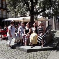 Ar sveicieniem no saulainās Apulia