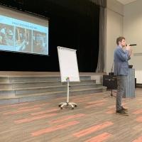 Tomasa Zīverta lekcija par nagu apstrādi liellopiem